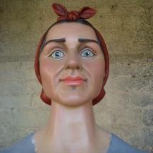 restauracion-gigante-burlada-josefa-antes-busto