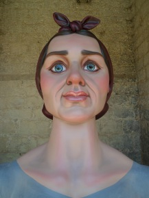 restauracion-gigante-burlada-josefa-despues-busto